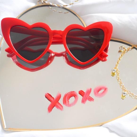 2f9c145e65 Red Lolita heart cateye sunglasses
